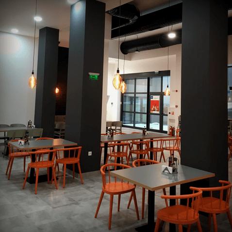 restourant (1)-min